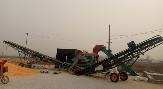 Large Corn Threshing Line Delivery to USA