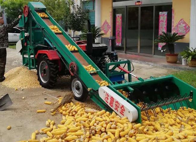 Fully Automatic Corn Threshing Machine